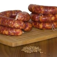 Fresh sausage with Coriander seeds.